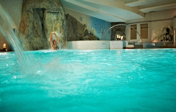 wellnesshotel-cima-di-porlezza-schwimmbecken