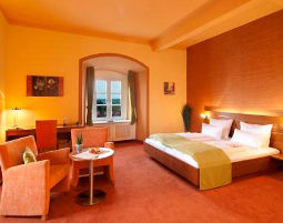 Doppelzimmer_Superior_Turm-romantik-wochenende-konstanz