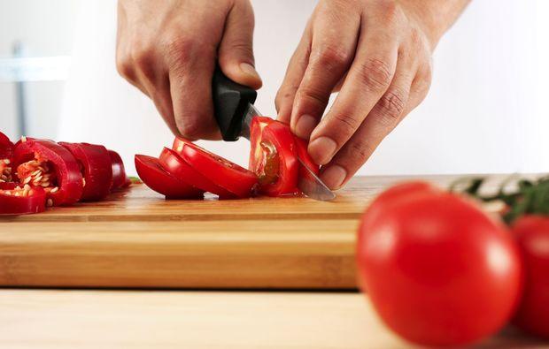 mediterrane-kueche-basel-tomaten
