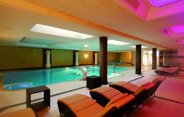 romantikwochenende-livigno-pool