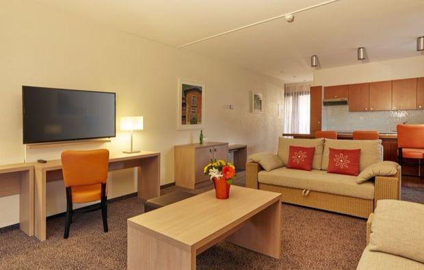 kurzurlaub-locarno-hotelzimmer