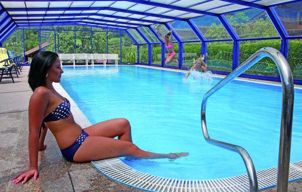 romantikwochenende-rangersdorf-schwimmbad