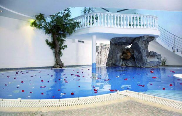 zauberhafte-unterkuenfte-kematen-pfitsch-schwimmbad