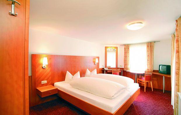 zauberhafte-unterkuenfte-fiss-schlafzimmer