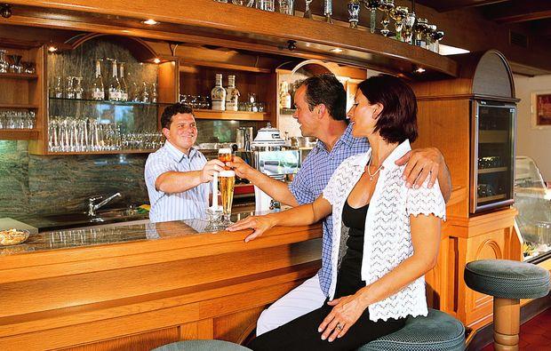 zauberhafte-unterkuenfte-mieders-im-stubaital-bar