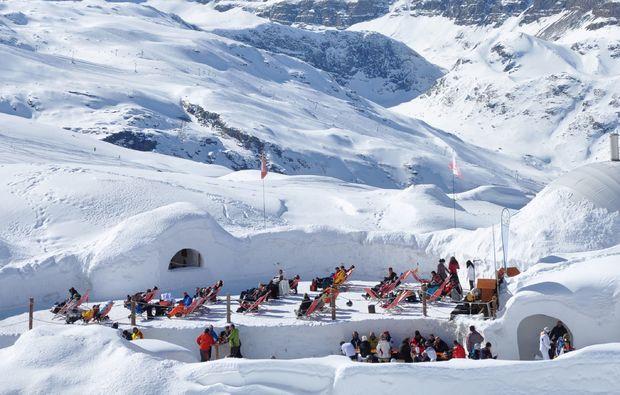 kaesefondue-zermatt-iglu-dorf