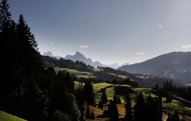 romantikwochenende-zweisimmen-berge