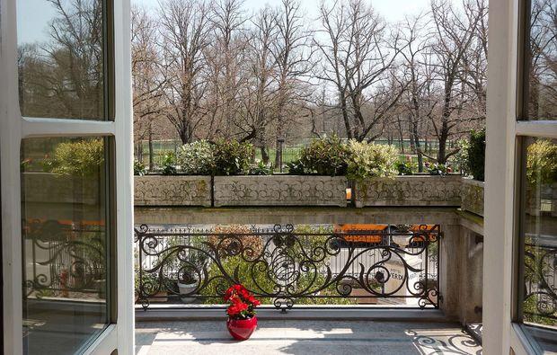 kurztrip-parma-italien-balkon