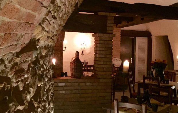 mittelalterliches-restaurant-grandson