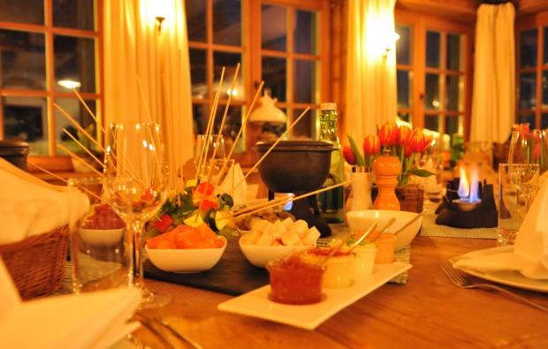 huettenuebernachtung-mit-fondue-thalgau-1-uen-2-personen-bg5