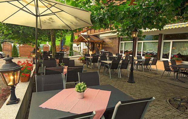 hotel-pension-obertzen-terrasse
