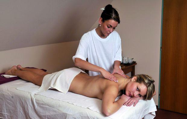 3-days-you-me-jindichuv-hradec-massage