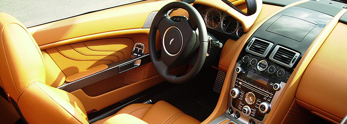 Aston Martin fahren