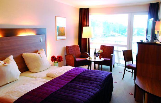 romantikwochenende-moelln-am-schulsee-schlafzimmer