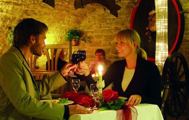 zauberhafte-unterkuenfte-dettelbach-wuerzburg-essen
