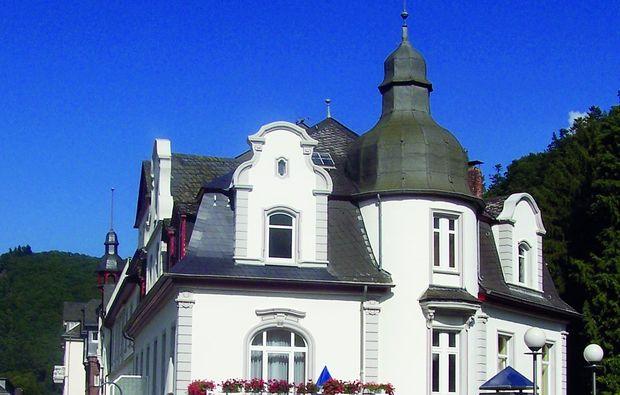 Kurhotel Quellenhof Bad Bertrich Rheinland Pfalz Mydays
