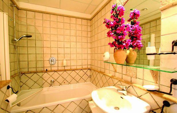 urlaub-am-meer-minori-badezimmer