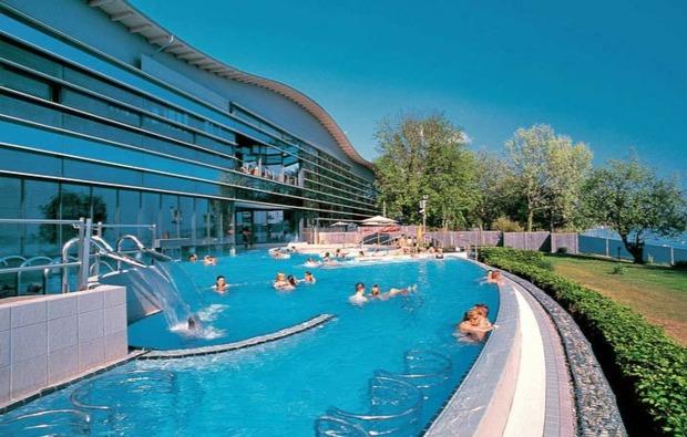 romantikwochenende-ueberlingen-pool