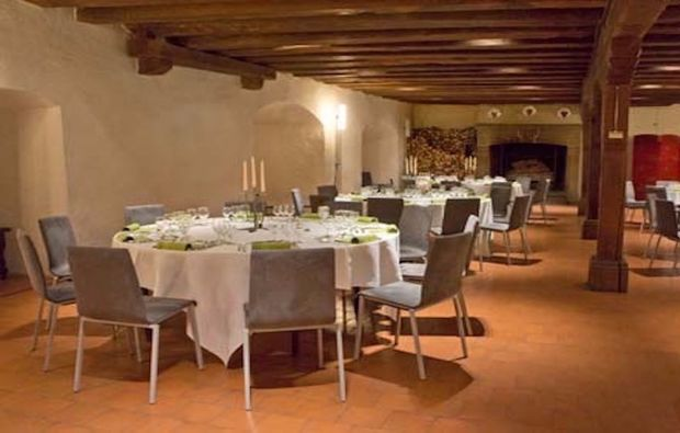 dinnerkrimi-la-sarraz