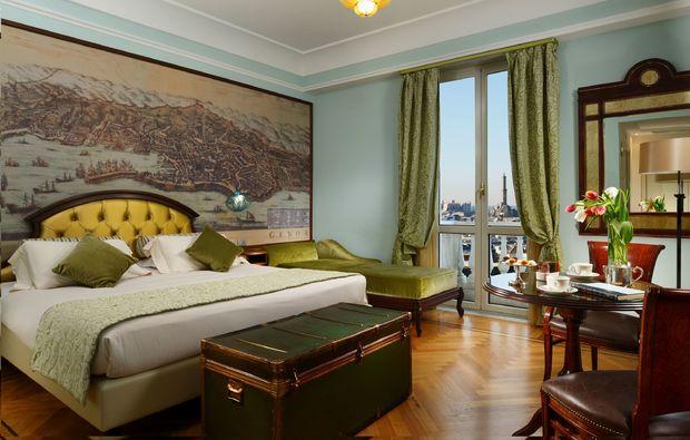 hotel-savoia-italien1510849346