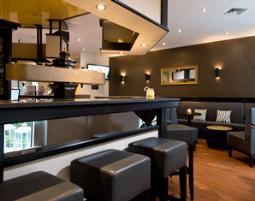 verl ngertes wochenende in hockenheim als geschenkidee mydays. Black Bedroom Furniture Sets. Home Design Ideas