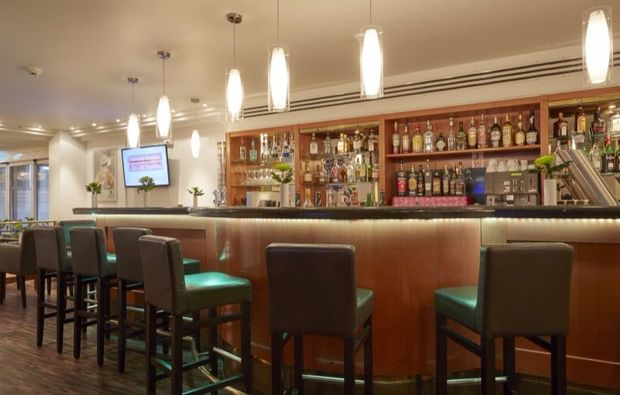 romantikwochenende-frankfurt-bar