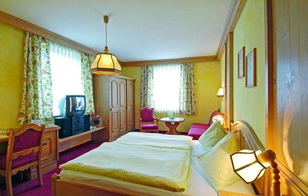 gourmetreisen-emmersdorf-an-der-donau-schlafzimmer
