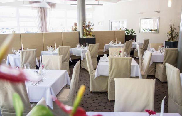 romantikwochenende-neualbenreuth-restaurant