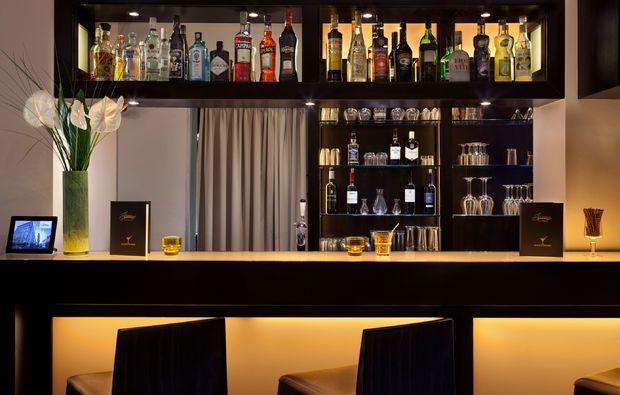 romantikwochenende-zuerich-bar