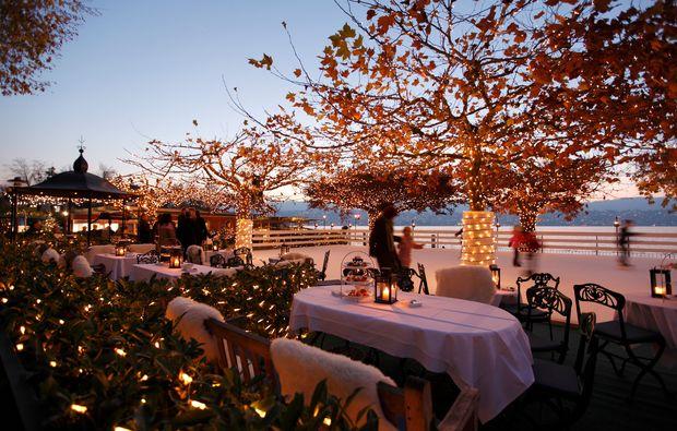 romantikwochenende-kuesnacht-dinner