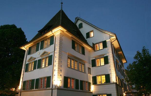 romantikwochenende-kuesnacht-hotel