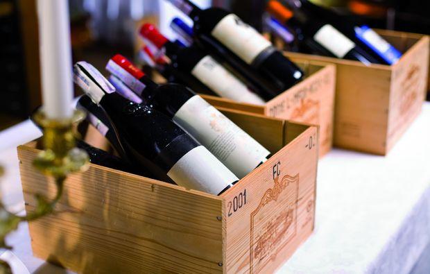 wein-seminar-basel-verkostung-flaschen