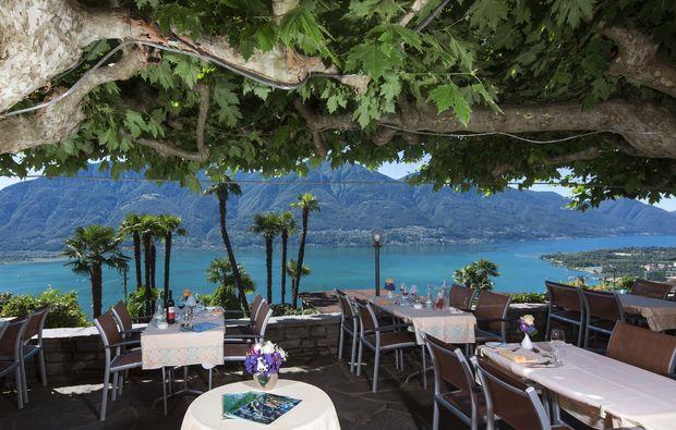 romantikwochenende-brione-sopra-minusio-terrasse