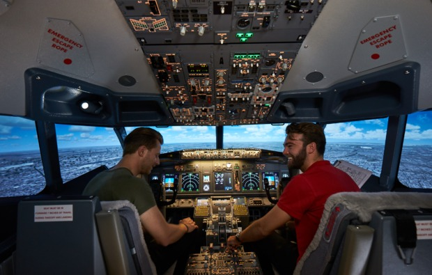 boeing-3d-flugsimulator-berlin-cockpit