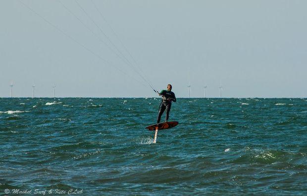 hydrofoil-kiten-zingst-auszeit