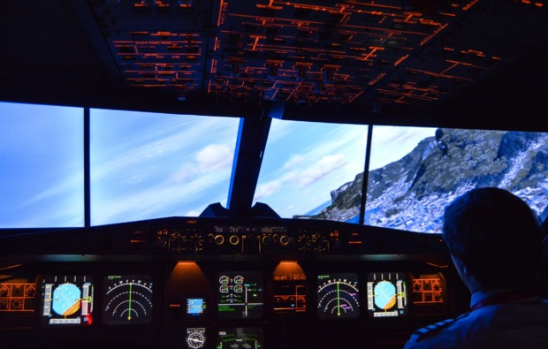 3d-flugsimulator-a380-hamburg-rechtskurve