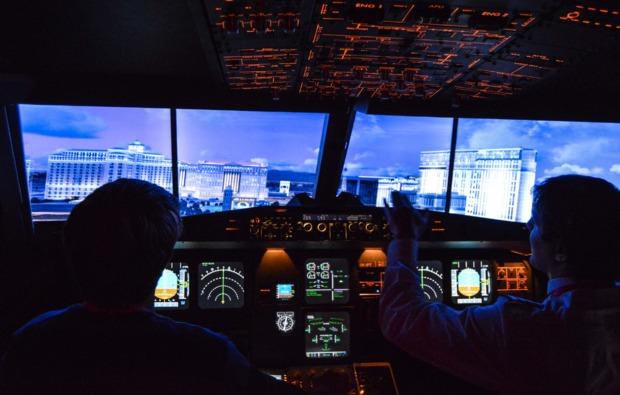 3d-flugsimulator-a380-hamburg-stadtblick