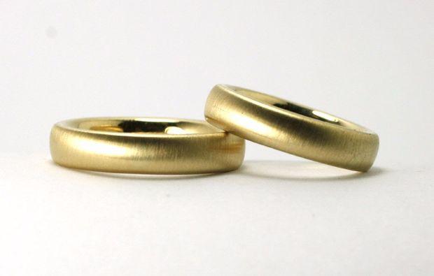 goldschmieden-stolberg-ringe-hochzeit