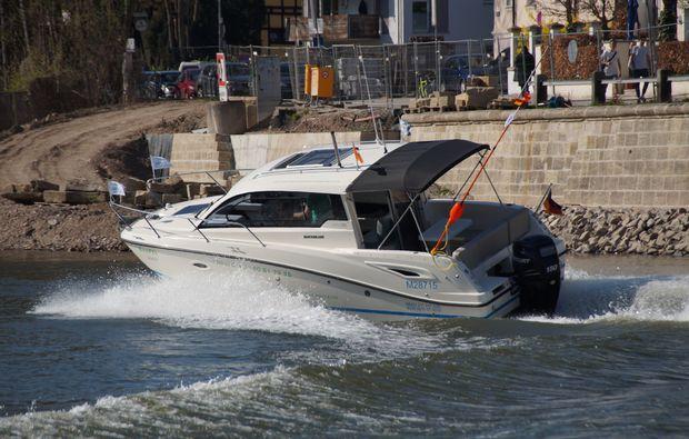 motorboot-fahren-regensburg-speed
