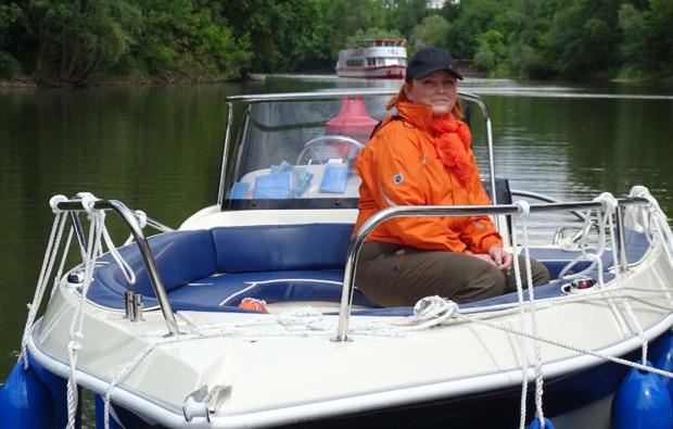 motorboot-fahren-brandenburg-havel-fahrt