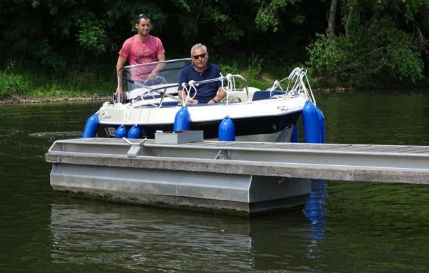 motorboot-fahren-brandenburg-havel-see
