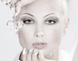Professionelles Fotoshooting Nürnberg inkl. Make-Up & 5 Prints, ca. 2 Stunden