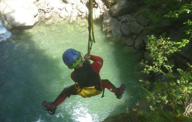 canyoning-tour-fischen-adrenalinkick