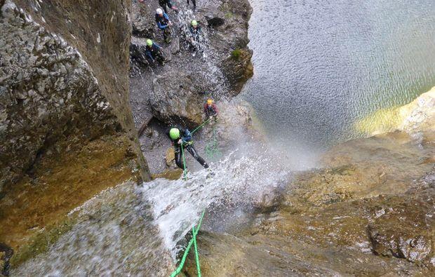 canyoning-tour-fischen-felswand