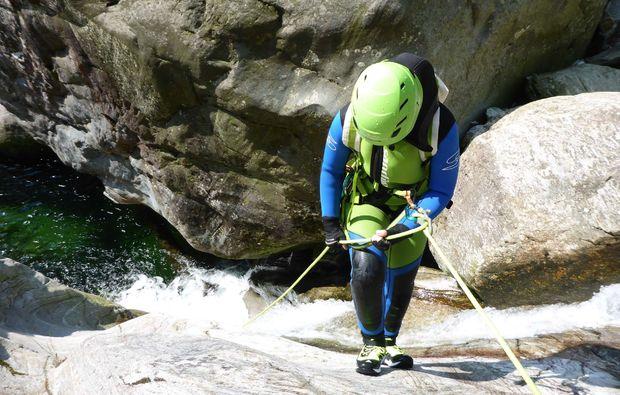 canyoning-tour-fischen-klettern
