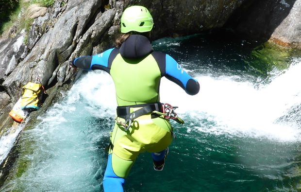 canyoning-tour-fischen-spass