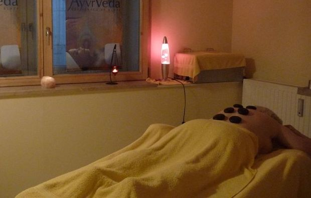 hot-stone-massage-dachau-wellness