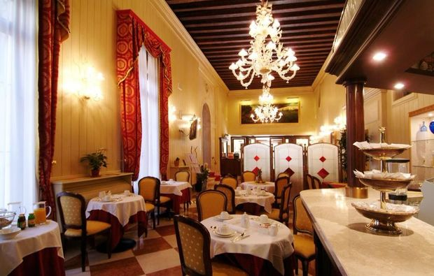 erlebnisreisen-venedig-restaurant