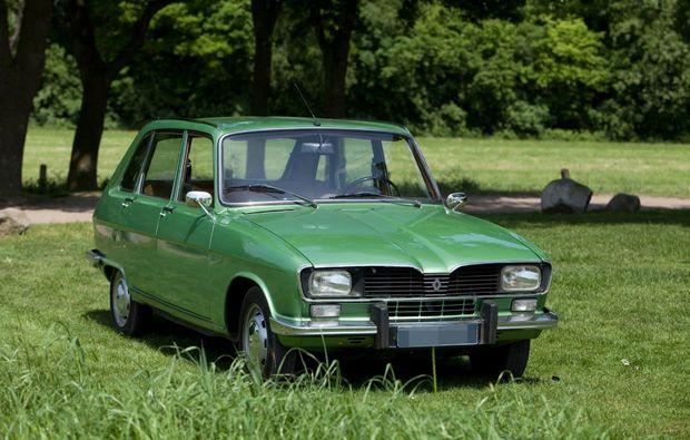 oldtimer-fahren-ootmarsum-renault
