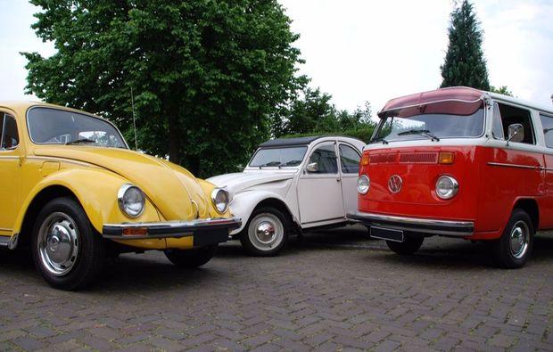 oldtimer-fahren-ootmarsum-vw-bus-kaefer